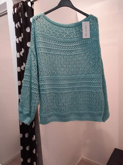 sweater-with-boat-neckline