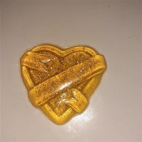 soap-heart-ribbon-vanilla