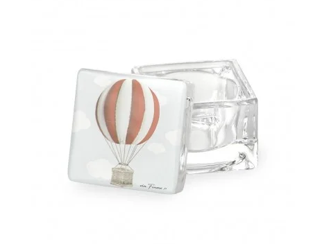 red-balloon-box-with-glass-lid-with-box