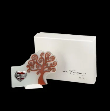 tree-of-life-free-standing-graduation-with-heart-and-box-application